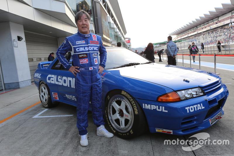 Казуёши Хашино, Calsonic Skyline (R32 Skyline GT-R 1990 Group A)