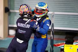 Race winner Oliver Rowland, DAMS, celebrates with Second place Artem Markelov, RUSSIAN TIME