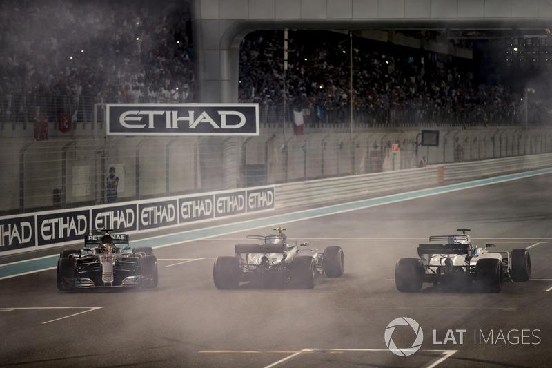 Lewis Hamilton, Mercedes AMG F1 W08, Valtteri Bottas, Mercedes AMG F1 W08, Felipe Massa, Williams FW40
