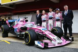 Andrew Green, Sahara Force India F1 Technical Director, Nikita Mazepin, Sahara Force India F1, Esteban Ocon, Sahara Force India F1, Sergio Perez, Sahara Force India and Otmar Szafnauer, Sahara Force India Formula One Team Chief Operating Officer