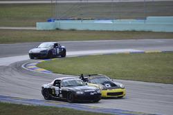 #611 MP4B Mazda Miata, Gregory Gilot, FAAS Racing, #9 MP4B Toyota MR2, Michael Monsalve, Mikespeed Scuderia