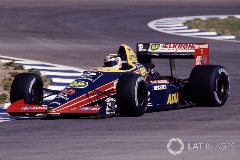 13. Philippe Alliot (109 corridas)