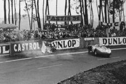 Trompo de Alfonso de Portago, Duncan Hamilton, Ferrari 625 LM
