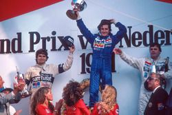 Podium: race winner Alain Prost, Renault, second place Nelson Piquet, Brabham, third place Alan Jone
