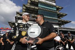 Verizon P1 Pole Award winnaar Ed Carpenter, Ed Carpenter Racing Chevrolet