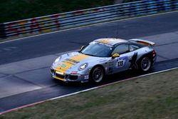 #138 Black Falcon Team TMD Friction Porsche 991 Carrera: Stephan Köhler, Axel König, Norbert Schneider, Alexander Böhm