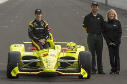 Segundo lugar de calificación Simon Pagenaud, Team Penske Chevrolet