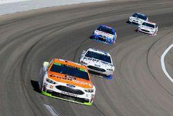 Ryan Blaney, Wood Brothers Racing Ford y Danica Patrick, Stewart-Haas Racing Ford