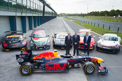 AGPC CEO Andrew Westacott, AGPC Chairman John Harnden, Supercars CEO James Warburton