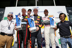 Podium: Race winner Dan Ticktum, Motopark Dallara F317 - Volkswagen, second place Fabio Scherer, Motopark Dallara F317 - Volkswagen, third place Jehan Daruvala, Carlin Dallara F317 - Volkswagen