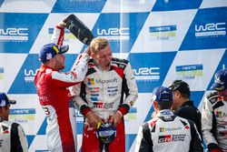 Ganador Ott Tanak, Toyota Gazoo Racing, second place Mads Ostberg, Citroën World Rally Team