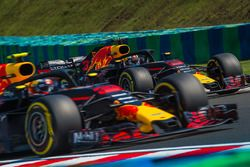 Daniel Ricciardo, Red Bull Racing RB14 and Max Verstappen, Red Bull Racing RB14