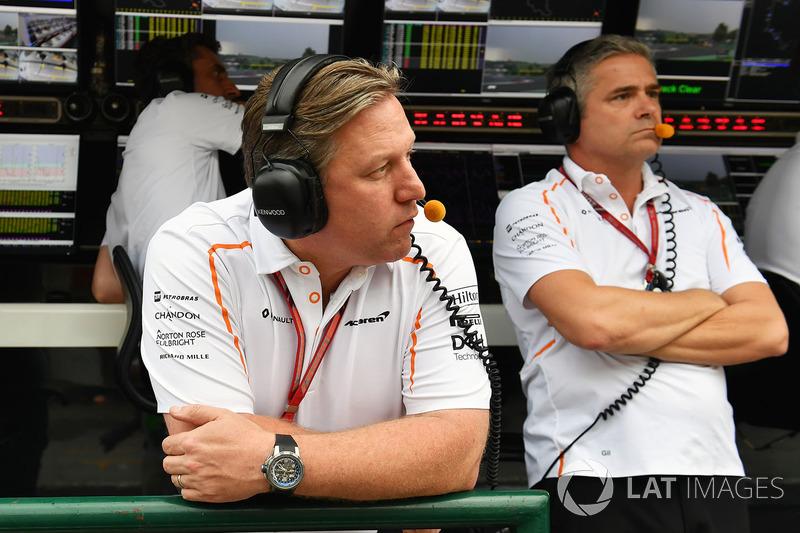 Zak Brown, CEO de McLaren Racing y Gil De Ferran, director deportivo de McLaren