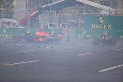 Crash Max Verstappen en Daniel Ricciardo, Red Bull Racing RB14