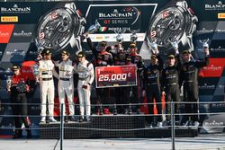 Podio: ganador de la carrera #1 Belgian Audi Club Team WRT Audi R8 LMS: Alex Riberas, Christopher Mies, Dries Vanthoor, segundo lugar #43 Strakka Racing Mercedes-AMG GT3: Maximilian Buhk, Maximilian Götz, Alvaro Parente, tercer lugar #4 Black Falcon Mercedes-AMG GT3: Maro Engel, Yelmer Buurmann, Luca Stolz
