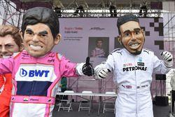 Des caricatures de Sergio Perez, Force India, Lewis Hamilton, Mercedes-AMG F1