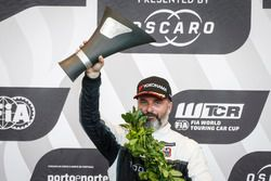 Podyum: Yarış galibi Yvan Muller, YMR Hyundai i30 N TCR