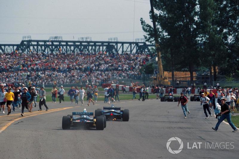 BONUS: No fue por una bandera, pero la carrera del GP de Canadá 1995 acabó antes de tiempo...