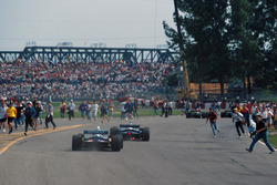The fans invade the Montreal circuit