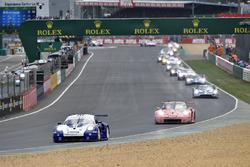 #91 Porsche GT Team Porsche 911 RSR: Richard Lietz, Gianmaria Bruni, Frédéric Makowiecki,#82 BMW Team MTEK BMW M8 GTE: Antonio Felix da Costa, Alexander Sims, Augusto Farfus