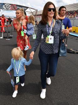 Slavica Ecclestone and Petra Ecclestone, on the grid on the grid