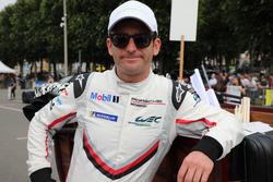#94 Porsche GT Team Porsche 911 RSR: Romain Dumas