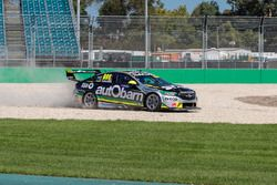 Craig Lowndes, Triple Eight Race Engineering Holden runs wide