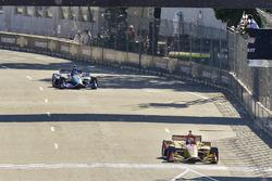 Ryan Hunter-Reay, Andretti Autosport Honda pakt de vlag