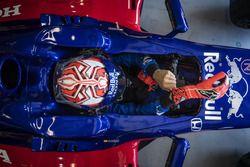 Marc Marquez, Toro Rosso F1 aracını test ediyor