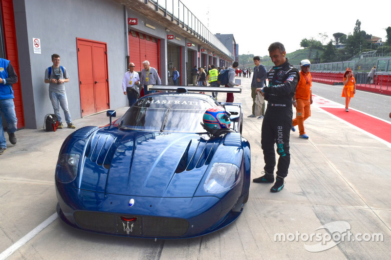 Maserati MC12 e Andrea Bertolini