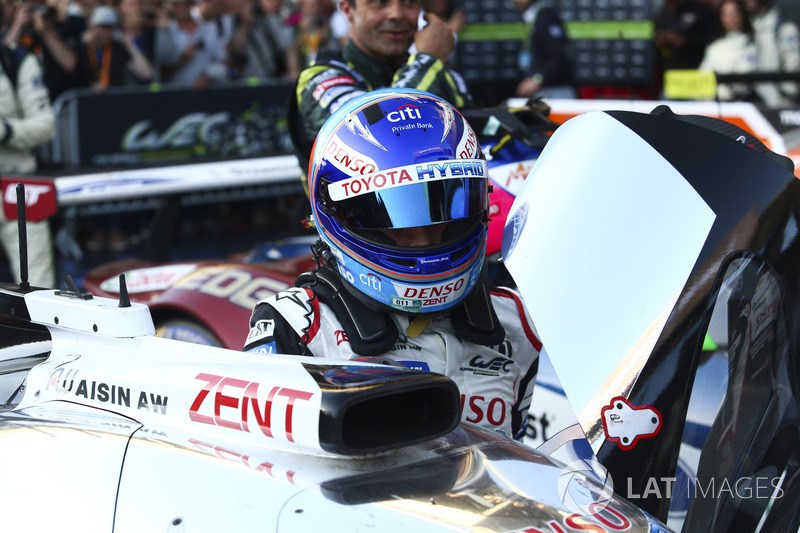 Pemenang balapan: Fernando Alonso, Toyota Gazoo Racing