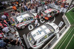 Parc ferme, Rob Huff, Sébastien Loeb Racing Volkswagen Golf GTI TCR, Yvan Muller, YMR Hyundai i30 N TCR, Daniel Nagy, M1RA Hyundai i30 N TCR