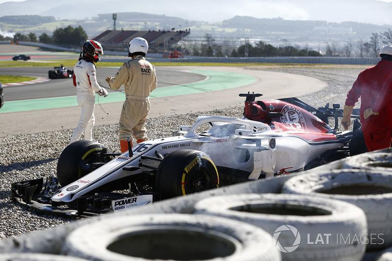 Авария: Шарль Леклер, Alfa Romeo Sauber C37