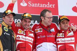 Podium: winnaar Fernando Alonso, Ferrari, tweede Kimi Raikkonen, Lotus F1, derde Felipe Massa, Ferra