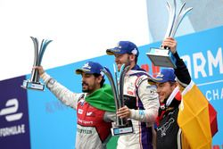 Sam Bird, DS Virgin Racing, wins the Rome ePrix, with Lucas di Grassi, Audi Sport ABT Schaeffler, in