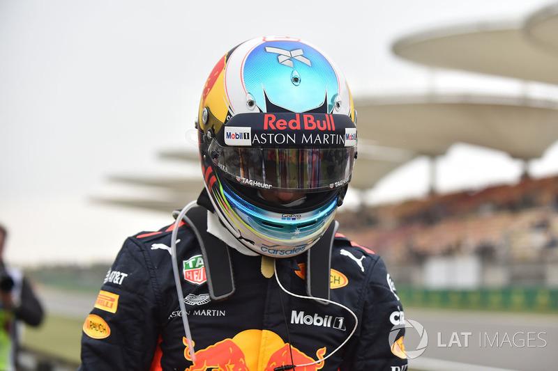 Daniel Ricciardo, Red Bull Racing detenido en la pista en la PL3