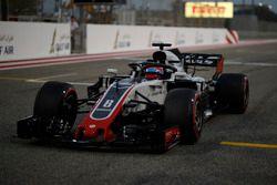 Romain Grosjean, Haas F1 Team VF-18 in griglia