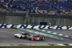 Christopher Bell, Joe Gibbs Racing, Toyota Camry Rheem Paul Menard, Team Penske, Ford Mustang Discount Tire