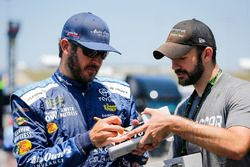Martin Truex Jr., Furniture Row Racing, Toyota Camry Auto-Owners Insurance with a fan