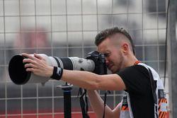 Andy Hone, photographe LAT