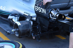 Mercedes F1 W09 rear suspension detail