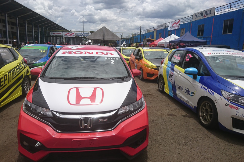 Parc Ferme jelang balapan Honda Jazz Brio Speed Challenge