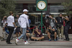 Lewis Hamilton, Mercedes AMG F1 and photographers