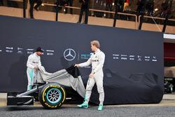Nico Rosberg, Mercedes AMG F1 Team, Lewis Hamilton, Mercedes AMG F1 Team onthullen de Mercedes AMG F