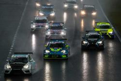 Start zum Rennen, Harald Proczyk, HP Racing, SEAT Leon TCR; Mike Halder, Liqui Moly Team Engstler, S