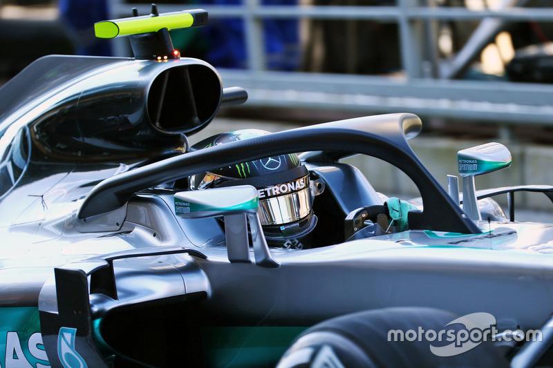 Nico Rosberg, Mercedes AMG F1 W07 Hybrid, con el Halo 2
