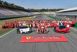 Ferrari, foto de grupo