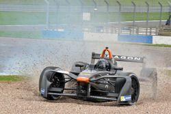 Problème pour Loïc Duval, Dragon Racing