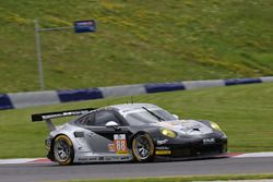 #88 Proton Competition Porsche 911 RSR: Matteo Cairoli, Gianluca Roda, Christian Ried