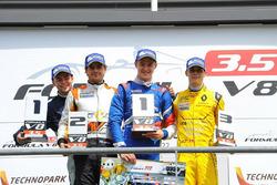 Podium: winner Egor Orudzhev, Arden Motorsport, second place Tom Dillmann, AVF, third place Louis Deletraz, Fortec Motorsports
